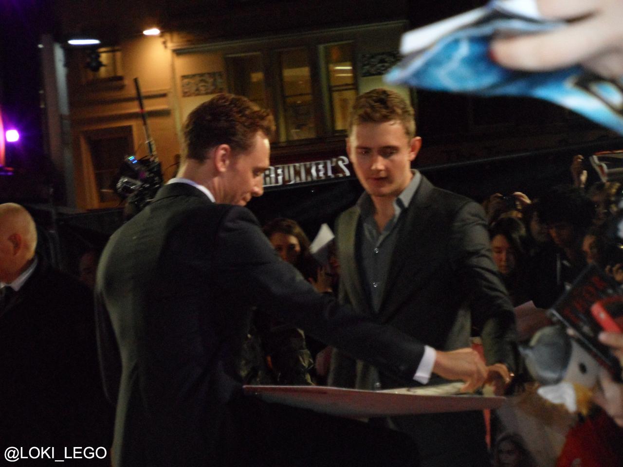 thor-2-premiere-tom-hiddleston-2